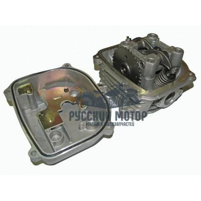 Головка цилиндра 157QMJ, 152QMI d-57.4мм 150cc в сб. (клапана, рокера, распредвал, крышка клапанов)