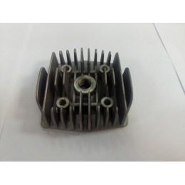 Головка цилиндра (прямое отверстие под свечу) F50/F80
